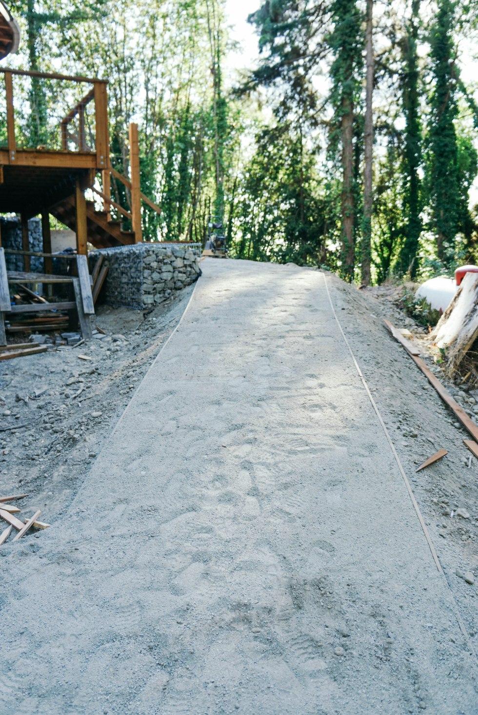 Graveled path